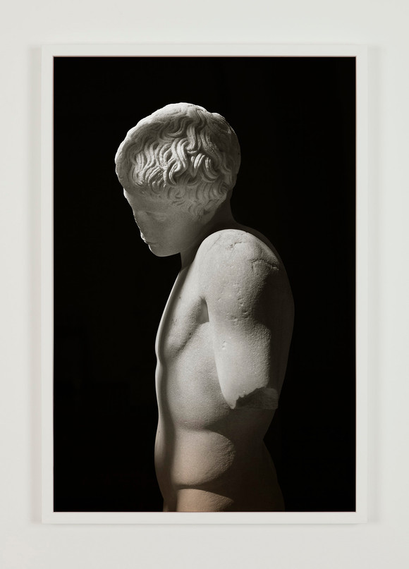 Espen gleditsch   narcissus, 2017, 40x60 cm, archival pigment print & foil on glass